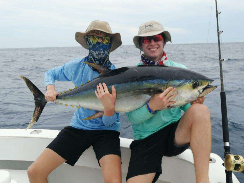 Outcast Tamarindo full day charter tuna